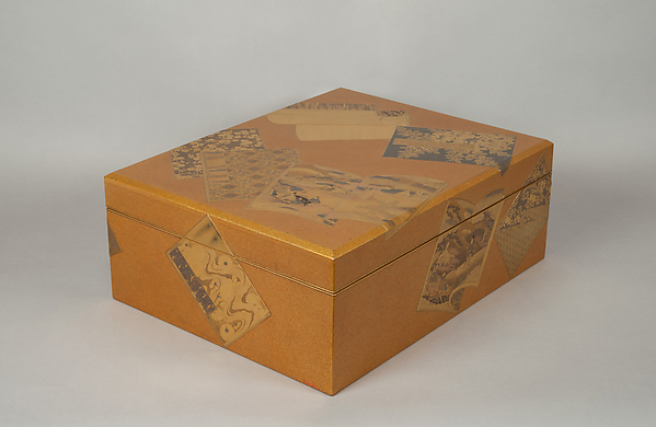 絵本散し蒔絵料紙箱<br/>Document Box with Illustrated Books