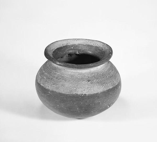 土器壷  <br/>Jar