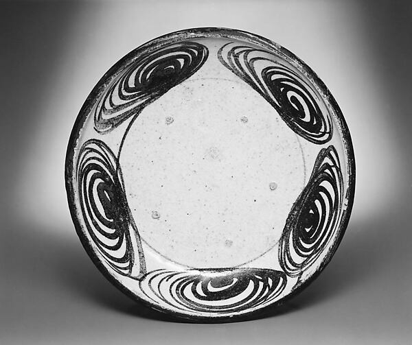 Ishizara Plate with Spiral Design