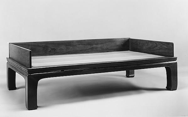 榻牀<br/>Couch