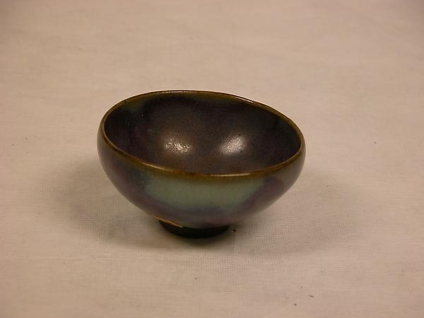 金 鈞窯紫紅釉盞<br/>Small bowl