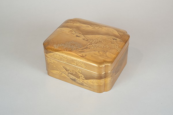 Box with Design of Cherry Blossoms at Mount Yoshino