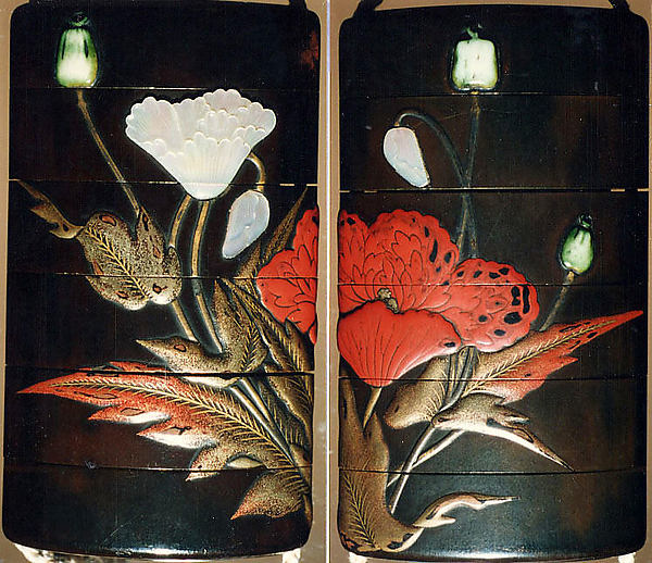Case (Inrō) with Design of Flowering Poppies