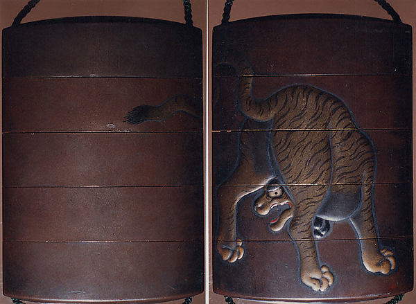 Case (Inrō) with Design of Tiger Seen from Behind