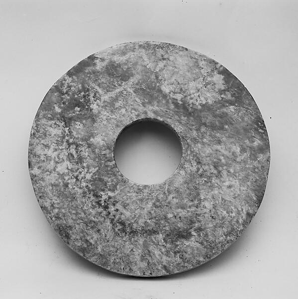 新石器時代良渚文化 玉璧<br/>Ritual Object (Bi)
