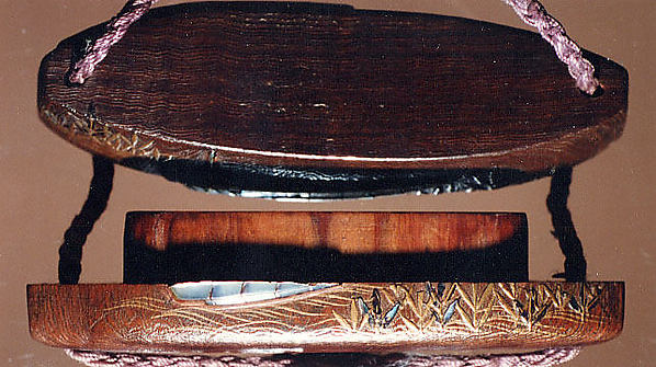 Case (Inrō) with Design of Boats, Waves and Reeds (Tale of Genji)