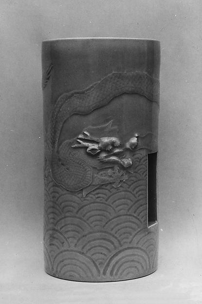 Vase for a Pillar