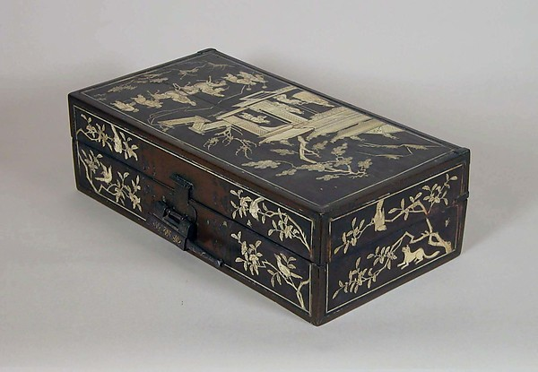 Box with Scene of a Visit