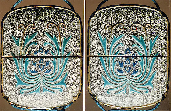 Case (Inrō) with Design of Pottery Plaques