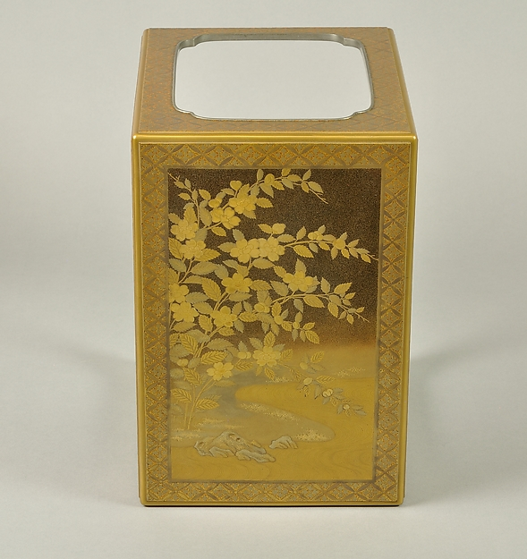 山吹蒔絵五段重硯箱<br/>Set of Five Writing Boxes with Japanese Globeflowers, Plum Blossoms, and Interlaced Roundels
