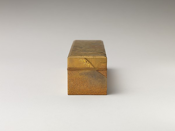 Covered Box with Design of Pine, Bamboo, and Cherry Blossom