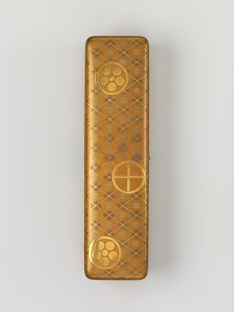 松竹梅家紋散し蒔絵文箱<br/>Letter Box with Pine, Bamboo, Plum Blossom, and Family Crests