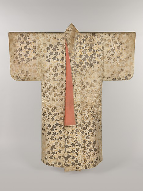 白繻子地桔梗模様摺箔<br/>Noh Costume (Surihaku) with Chinese Bellflowers