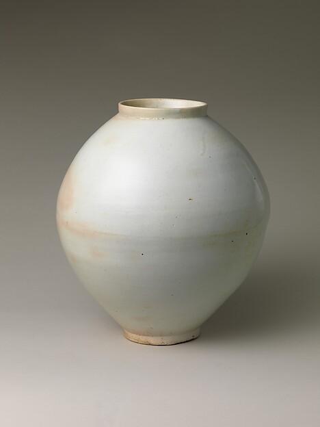 백자 달항아리 조선<br/>白磁壺 朝鮮<br/>Moon Jar