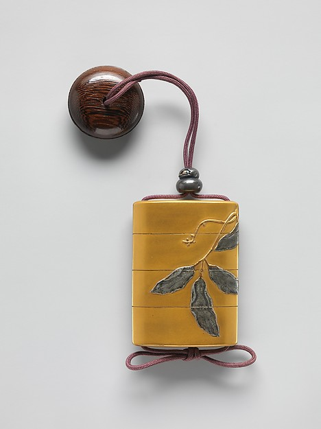 Case (Inrō) with Design of Bean Vine
