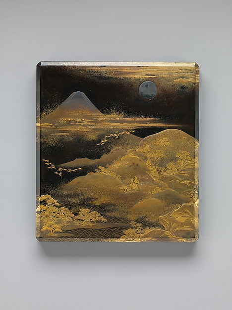 富士飛雁蒔絵硯箱<br/>Box for Inkstone and Writing Implements (Suzuri-bako) with Geese against Mount Fuji in Moonlight and (inner lid) with Plovers by the Seashore