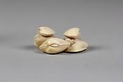 Netsuke of Clam Shells