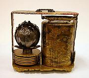 Portable Picnic Set (sagejū) with Peonies