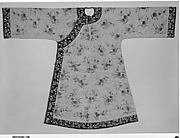 Woman's Informal Robe with Pattern of Begonias