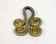 Pendant Composed of Two Sets of Volutes
