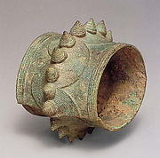 Bracelet with Conical Bosses