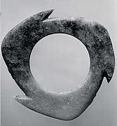 Notched Disk (Xuanji)
