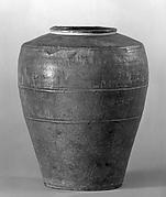 Granary Urn