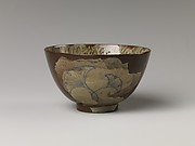 Tea Bowl with Decoration of Gingko Leaves