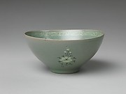 Bowl with decoration of fish