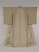 Kimono with Design of Lilies, Chinese Bellflowers, and Pinks