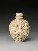 Snuff Bottle with Buddhist Figures