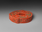 Box in the Shape of an Archaic Jade Jue