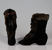 Carriage boots