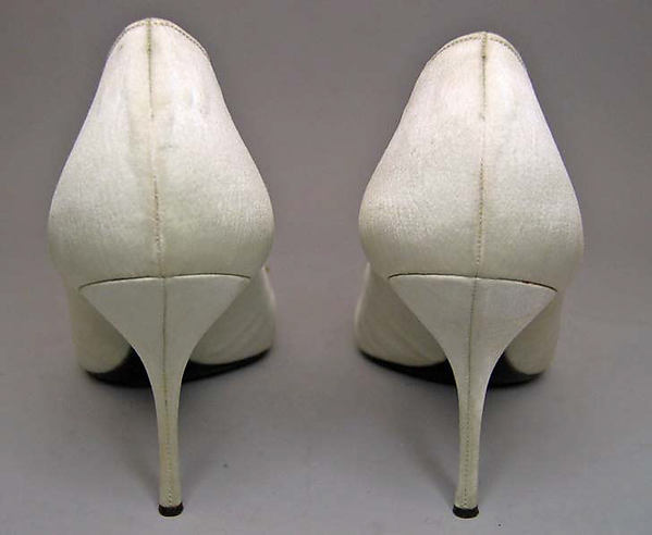 Evening shoes