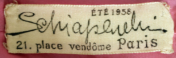 Schiaparelli label, summer 1938 - 21 place vendôme Paris