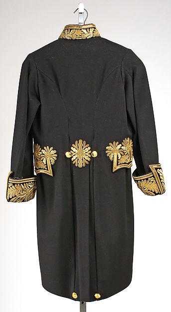 Court coat