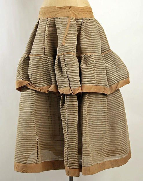 Horsehair crinoline petticoat, 1840s, from The Met.