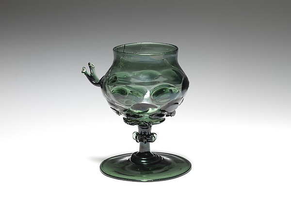 Footed Cup with handle: Scheuer