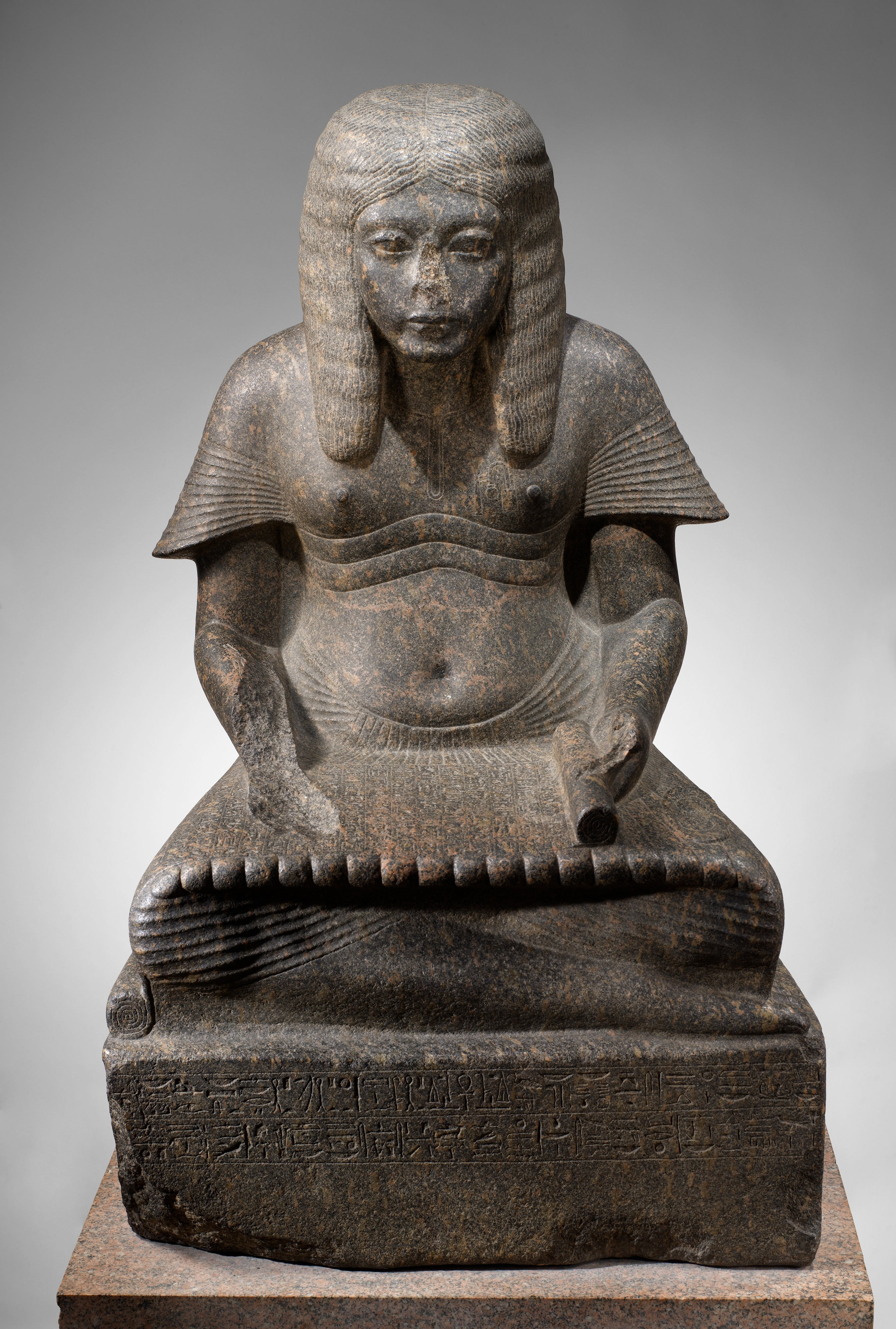 egyptian art statue from metropolitn museum essay