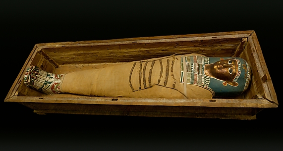 Coffin and mummy of Tasheriteniset