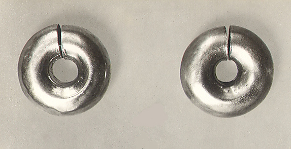 Pair of Earrings (with 16.10.417)