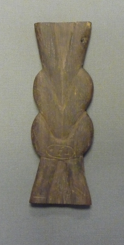 Tjes-Knot Amulet from a Foundation Deposit for Hatshepsut's Temple