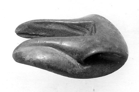 Cobra head for architectural frieze