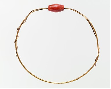 Seweret Bead on Gold Wire