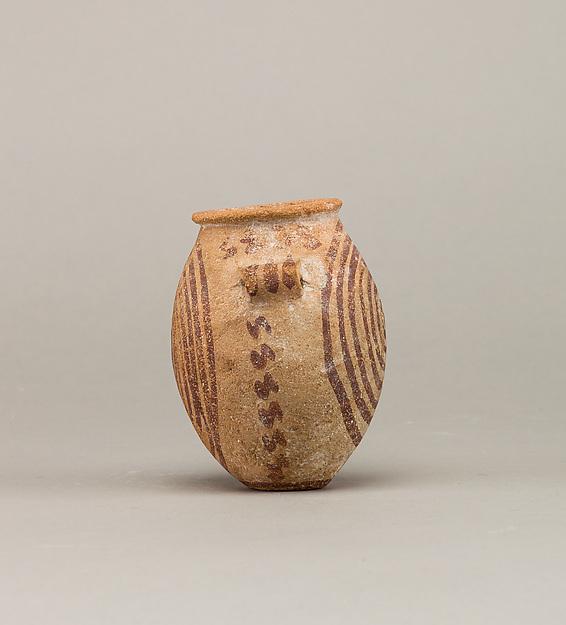 Decorated ware jar depicting spirals