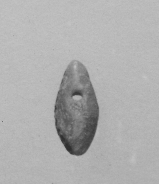 Pear-shaped amulet
