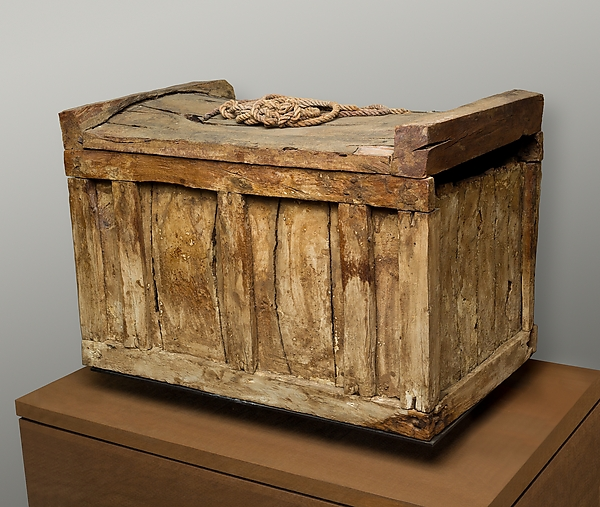 Box Coffin and Rope