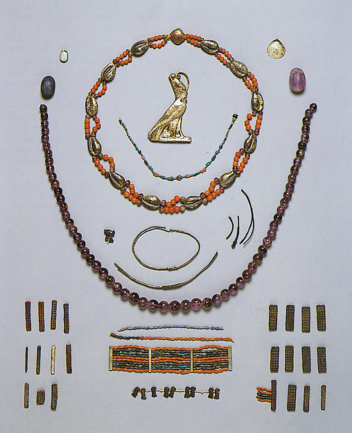 Objects from Theban Tomb MMA 840