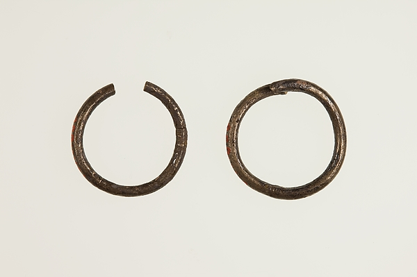 Pair of Earrings (with 16.10.337)