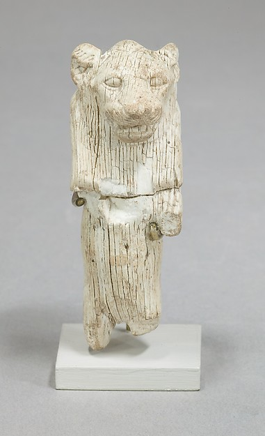 Figure of lion